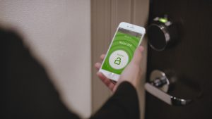 Hilton guests will be able to select their rooms and open their doors with their smartphones.